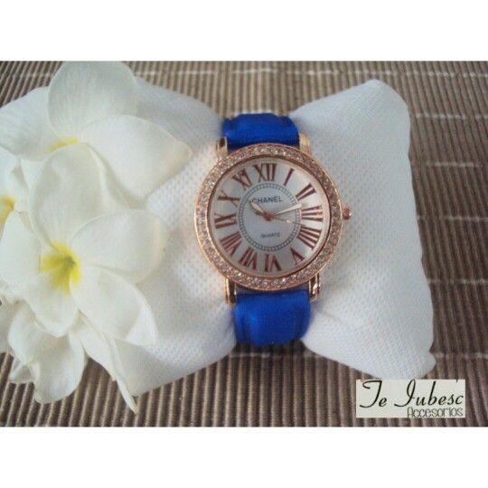 Reloj azul chanel