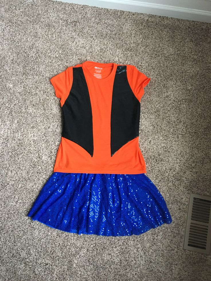 Goofy Dog Inspired Running Performance Tee/Skirt costume by Fit4aPrincessShop on Etsy https://www.etsy.com/listing/495897279/goofy-dog-inspired-running-performance