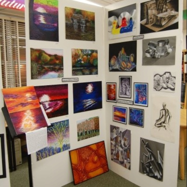 Art show ideas for high school los angeles vacations for Display walls for art shows
