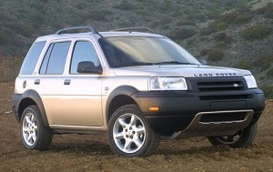 MY PINE GREEN LAND ROVER FREELANDER THAT SAVED MY LIFE!!  GREAT CAR LOUSEY DEALERSHIP...NEVER NEVER EVER BUY LAND ROVER BAD DEALERSHIPS & POOR CUSTOMER SERVICE!!