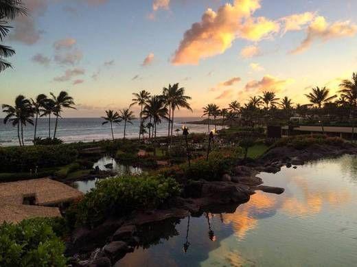 Escape the cold and explore Kauai. Grand Hyatt Kauai set on the Na Pali Coast is full of extraordinary landscapes and grand views.