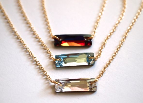 Want cute jewelry? Try out this crystal baguette necklace DIY.