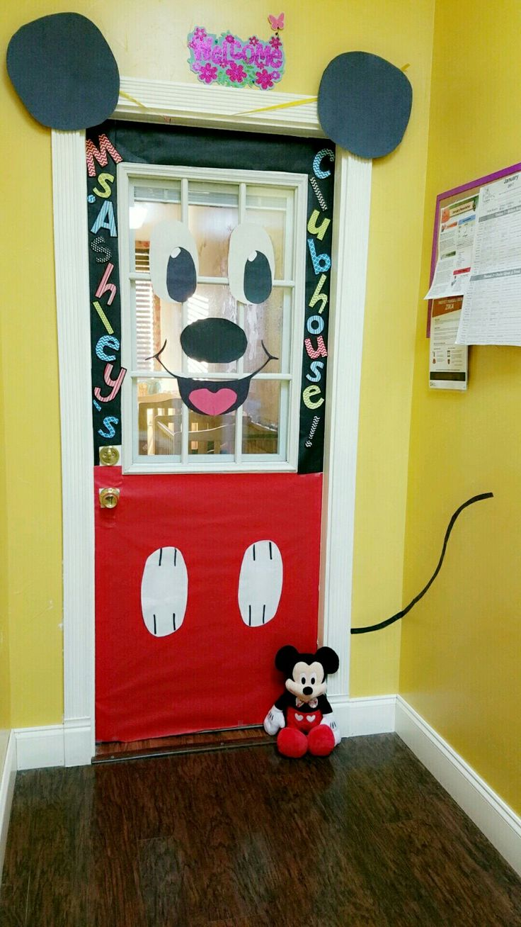 Mickey Classroom Decor ~ Ideas about mickey mouse classroom on pinterest