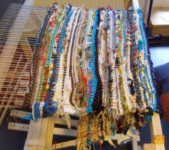 71 Best Images About Rag Rugs Looms Amp Frames On Pinterest