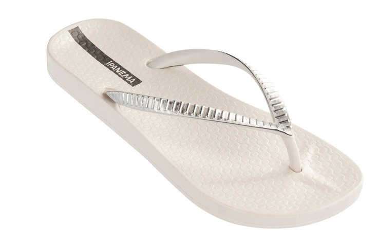 The Ipanema Metallic, White/Silver. Featuring the Anatomic footbed.