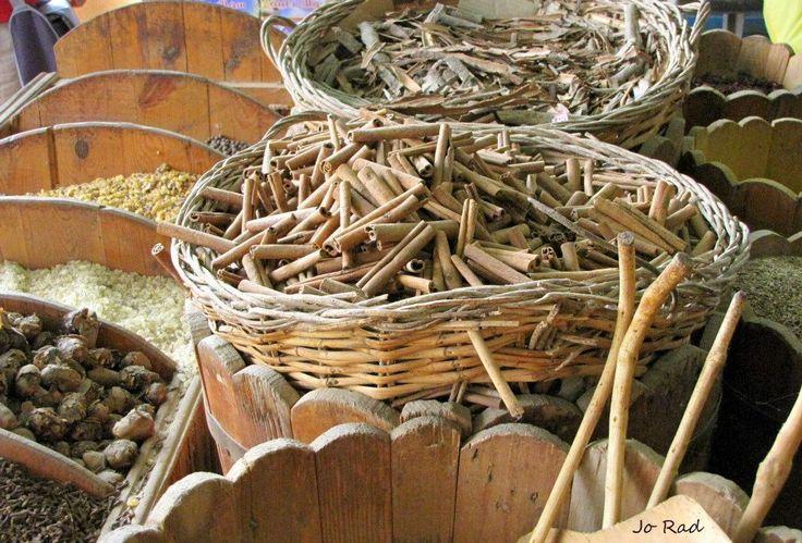 Spices, Shalateen Photo: Jo Rad