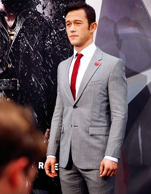 JGL at The Dark Knight Rises red carpet