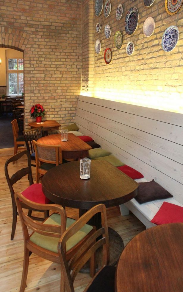 Small Cafe Interior Design Ideas ร านอาหาร บ าน