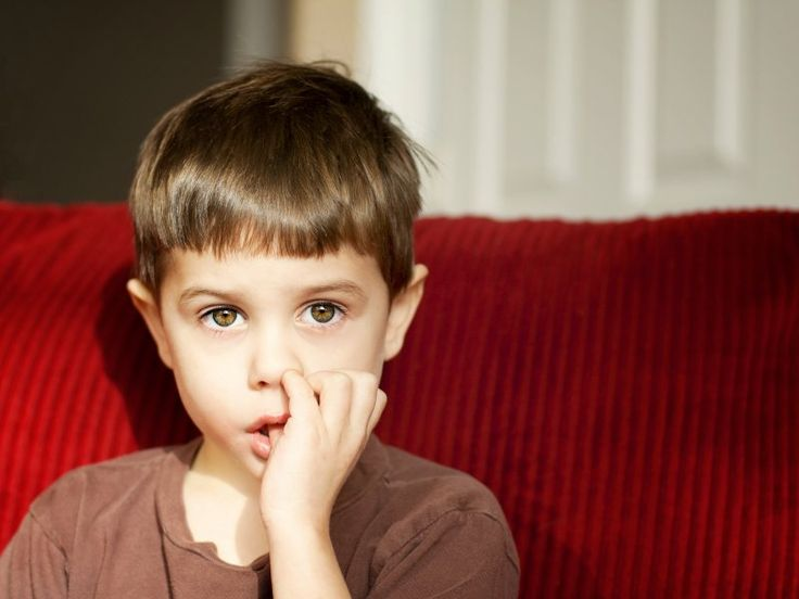 Artikülasyon: Kişinin konuşma seslerini yanlış veya eksik söylemesi anlamına gelir. Konuşmaya yardımcı olan organların (ağız, dil, dişler, çene, damak, dudaklar)belirli bir şekle girerek konuşma seslerini oluşturur.