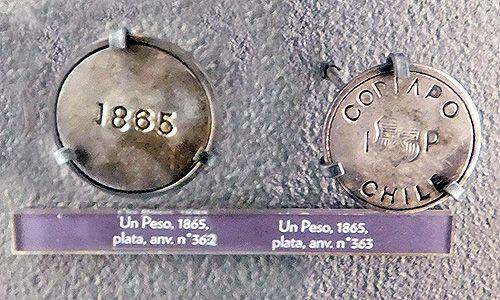Algunas valiosas monedas coloniales hispanas  que se usaron en Chile, entre los siglos XVI y XVIII. Museo del Banco Central.   Como ya l...