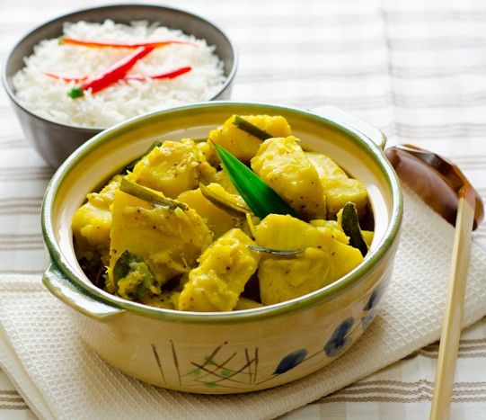 SRI LANKA / Breadfruit Curry / දෙල් මලුව / Del Maluwa / http://www.whichmeal.com/sri-lanka/dishes/Breadfruit-Curry-1254/