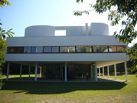 サヴォワ邸の入り口側 外観