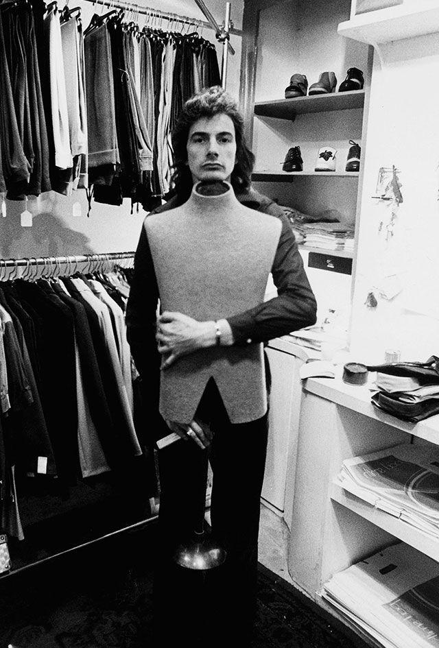 Пол Смит в своем первом магазине в Ноттингеме, начало 70-х