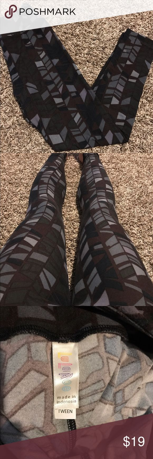 LuLaRoe Tween leggings. Tween leggings that fit like OS. Cool pattern with brown, black, grey and olive tones. Worn and washed once . It has a TINY bit of piling hence the discount. Still in great condition. LuLaRoe Pants Leggings