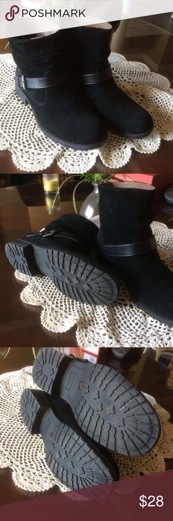 WHITE MOUNTAIN ANKLE BOOTS Black suede ankle boot with lots of style.  Only worn 1 time.  Like new. white mountain Shoes Ankle Boots & Booties
