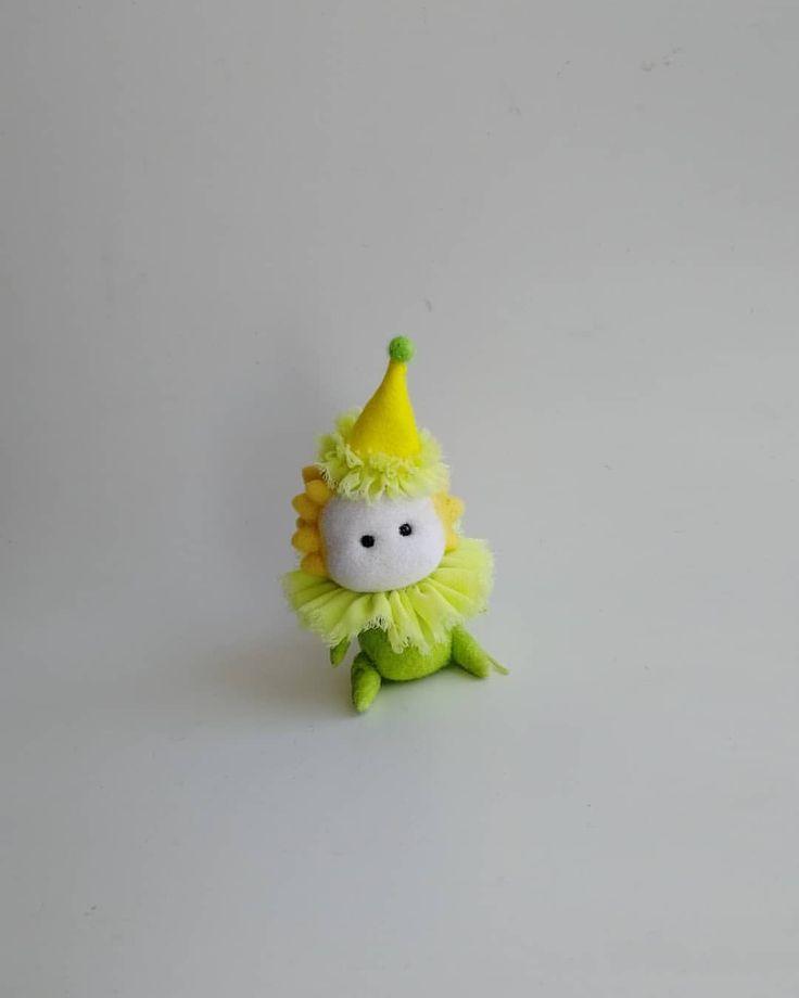 Маленький принц - игрушка ручной работы. Сухое валяние. Подарок на любой случай. Сент Экзюпери. Ищет дом. Продаётся. Felting. Needle felting. Wool. Little prince. Saint Exupéry. 小王子,  星の王子さま   , _________  #creative #creativetoys #creativeart #OOAK #arttoy #handcraft  #art_we_inspire #artstagram #artistsoninstagram #творчество #арт #RHPкраски #nataliamatyushtoys #крошка #крошкапринц #маленький_принц #art