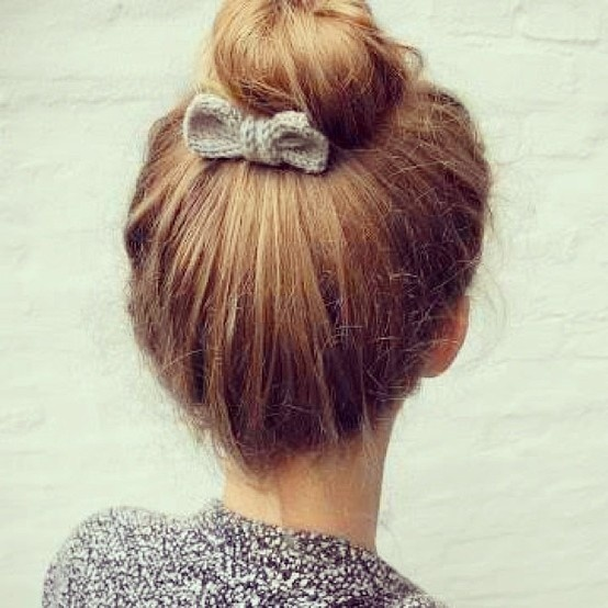 Romantic bow crochet