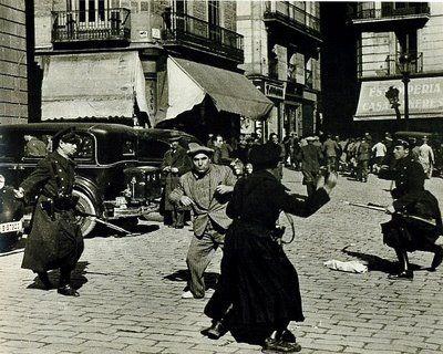Plaza de Sant Jaume de Barcelona, 1936. Agustí Centelles