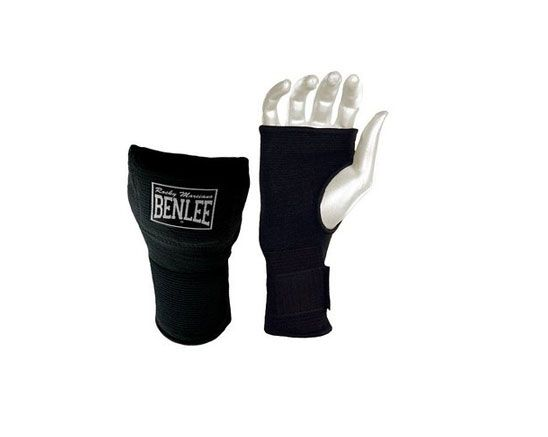 #Mitones de boxeo #Benlee para tu entrenamiento de boxeo. Sustituyen a las vendas de una forma cómoda y muy eficaz. Con refuerzo en nudillos y muñeca.