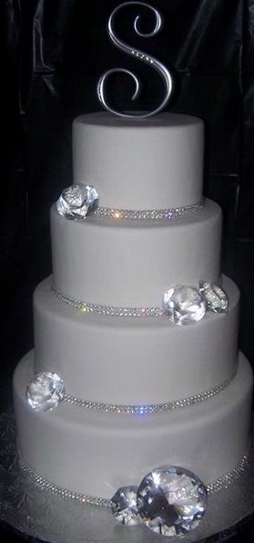 Diamond cake= OMG yes! but with a touch of color