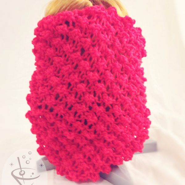 Fire Engine Red Winter Weight Acrylic Snood – Flower Pattern