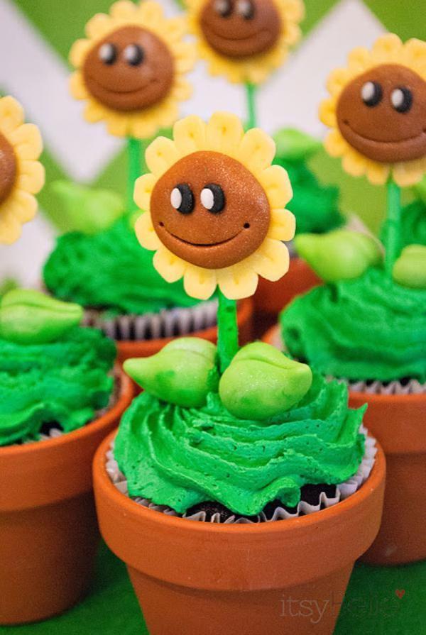 Cupcakes de plantinhas da festa Plants versus Zombies