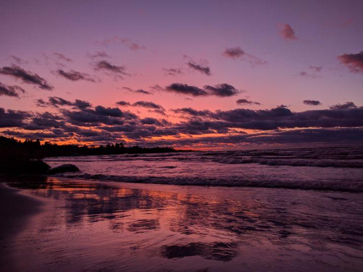 Wasaga Beach Ontario Canada [OC] [4032x3024] http://ift.tt/2hmbrB7