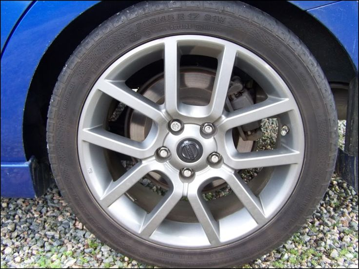 2007 Nissan Sentra Tires