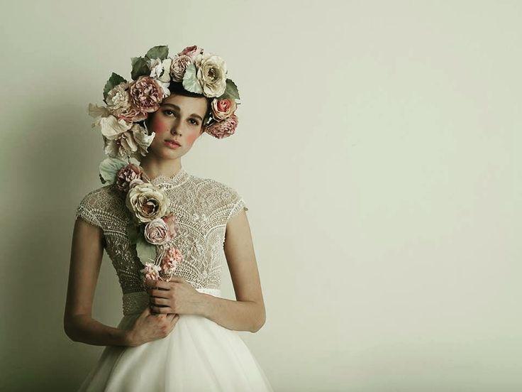 Fall in love with the Margaret wedding dress!  www.ersaatelier.com ❤ Follow us on Instagram:  https://www.instagram.com/ersaatelierofficial/ Follow us on Pinterest: https://ro.pinterest.com/ersaatelier0052/