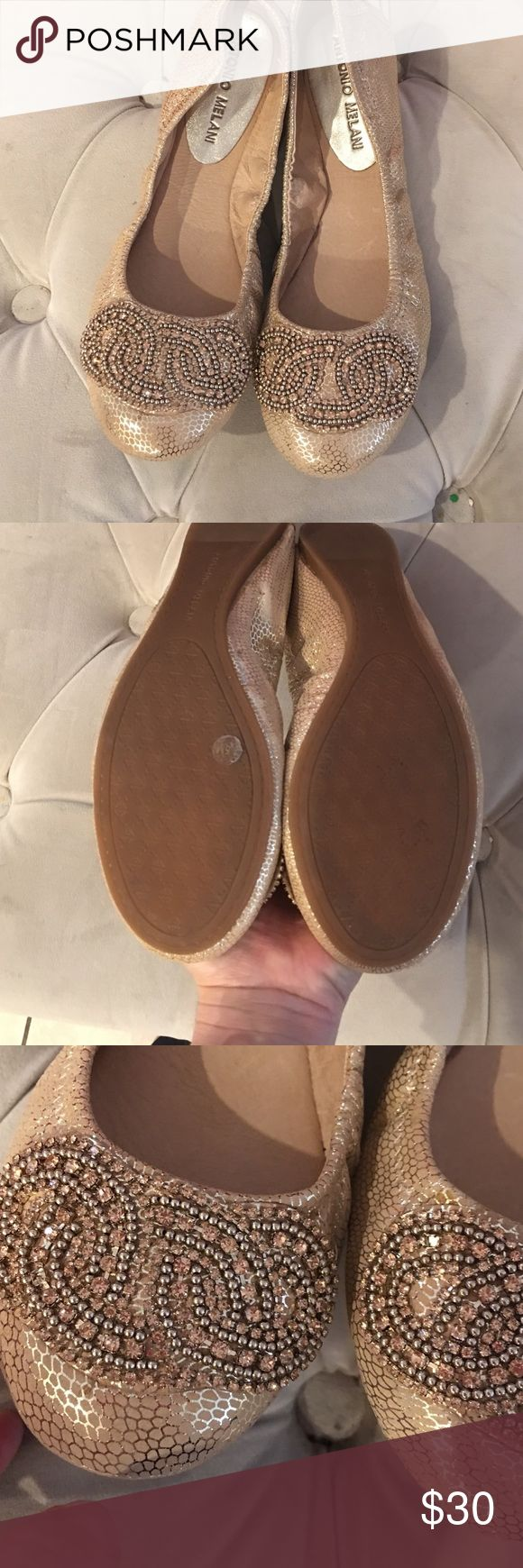 Antonio Melani flats like new Antonio Melani flats like new ANTONIO MELANI Shoes Flats & Loafers