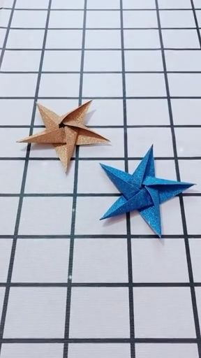 Handmade five-pointed star origami video tutorial