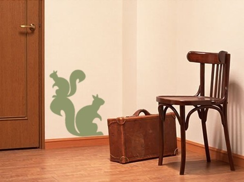 of course I need squirrel wall decor