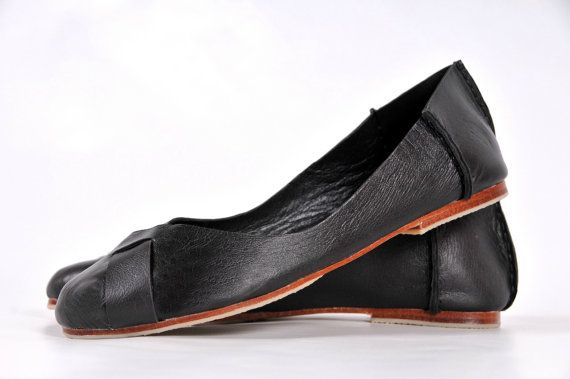 NATIVE. Black leather flats / womens shoes / leather by BaliELF, $110.00