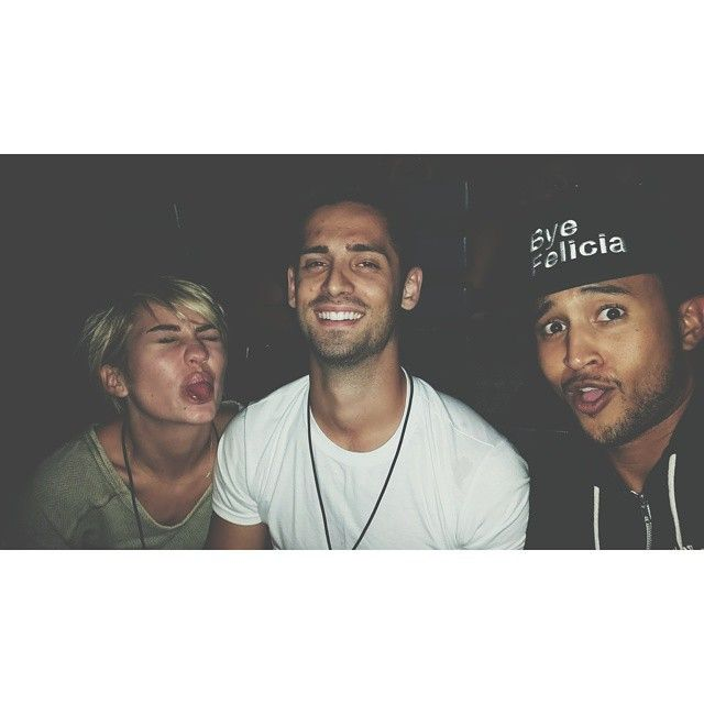 Chelsea Kane, Jean Luc Bilodeau, and Tahj Mowry look so happy in this selfie together. | Baby Daddy