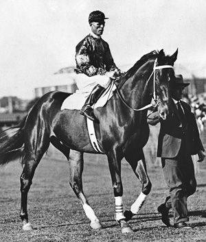 The most loved trio in Australian horseracing during the Depression. Champion racehorse, Phar Lap, champion heavyweight jockey, Jim Pike, and the centre of Phar Lap's world....his adored strapper, Tommy Woodcock. Phar Lap would do nothing without Tommy there and Tommy tended to the every care of his beloved 'Bobby' from the day he arrived. When the horse hemorrhaged and died in his arms at Menlo Park in California, Tommy was inconsolable. The 5 April 2012 was 80 years since Phar Lap's death.