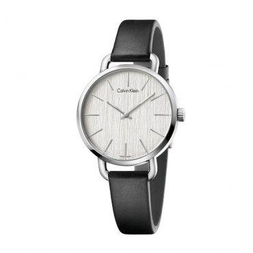 K7B231C6 Γυναικείο ελβετικό ρολόι CALVIN KLEIN Even με λουράκι από μαύρο δέρμα και ασημί ριγέ καντράν | Ρολόγια CK ΤΣΑΛΔΑΡΗΣ στο Χαλάνδρι #Calvin #Klein #even #δερμα #ρολοι