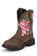 Justin Gypsy Pink Camo Cowgirl Boots I need this on my feet lol