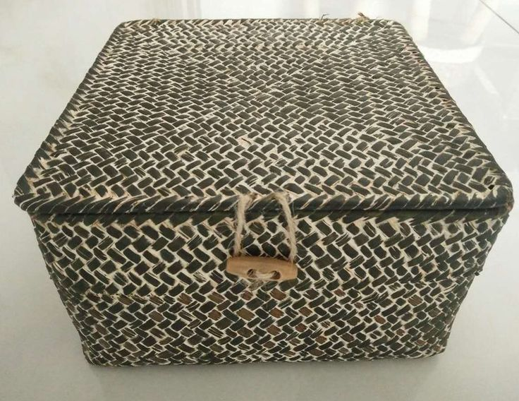 Woven Seagrass Storage With Lid Dyed Basket