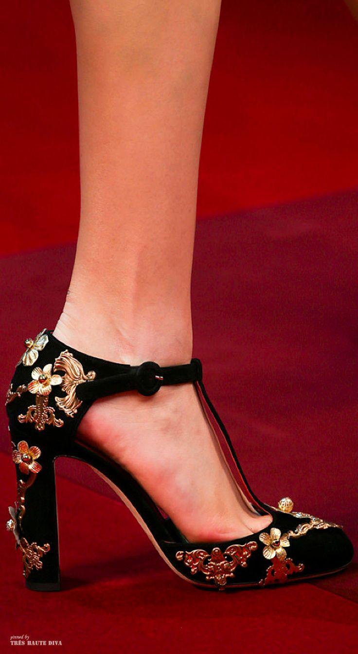 Dolce & Gabbana SS 2015 ♔ detail