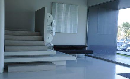un pavimento in resina realizzato come soluzione di design