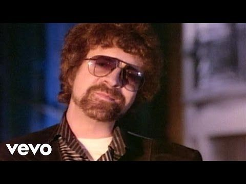 Electric light orchestra - Don't bring me down video - YouTube