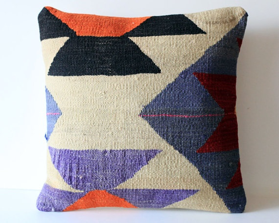 Throw Pillows Homesense : 99 best images about Throw Pillows on Pinterest Butterfly cushion, Velvet and Wool