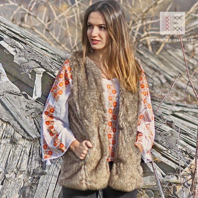the Romanian Blouse - Spring inspiration, worldwide shipping #vyshyvanka #romanianblouse #ia #ieromaneasca #bohostyle