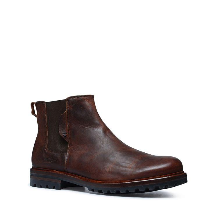 Cognac chelsea boots  Description: Bruine chelsea boots van het merk Manfield. Deze stoere boots mogen niet ontbreken in de schoenencollectie van een man! De buitenzijde van de schoen is van nubuck en de binnenzijde van leer. Draag de stoere chelsea boots met een lichte denim jeans en geruite blouse voor een mooie look. Of kies voor een donkere jeans en basic t-shirt voor een mooie casual look.  Price: 119.99  Meer informatie  #manfield