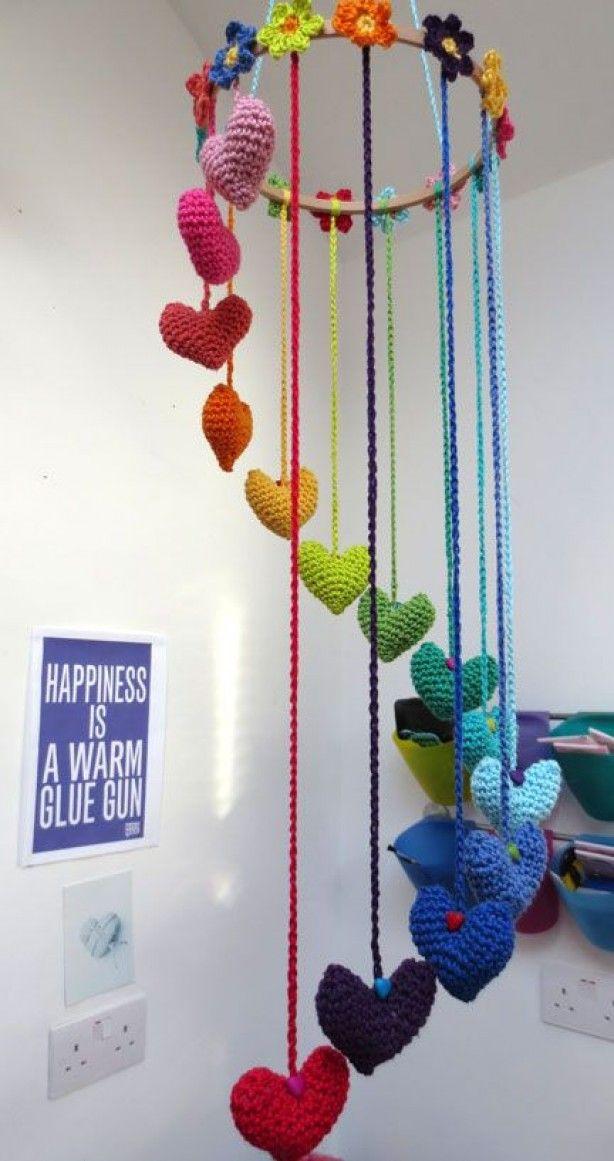 Regenboog van hartjes.