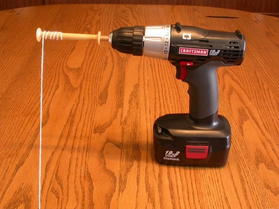 Great DIY idea for a bobbin winder!! #spinning #DIY #Textile