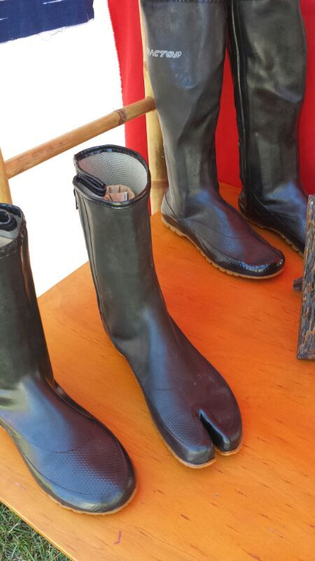 You can even buy shoes at the Byron Bay markets (if you wear some as most of them don't) :)