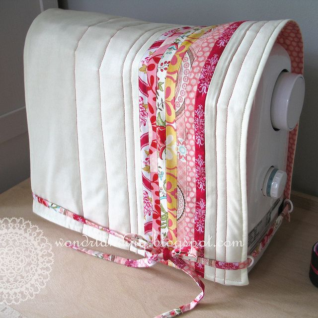 Sewing machine cover..LOVE< LOVE this  ♥