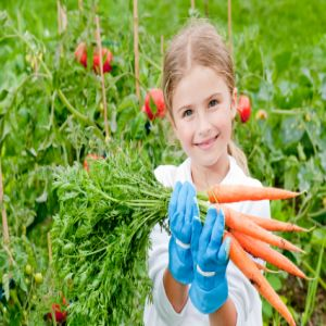 healthy kids with gardening