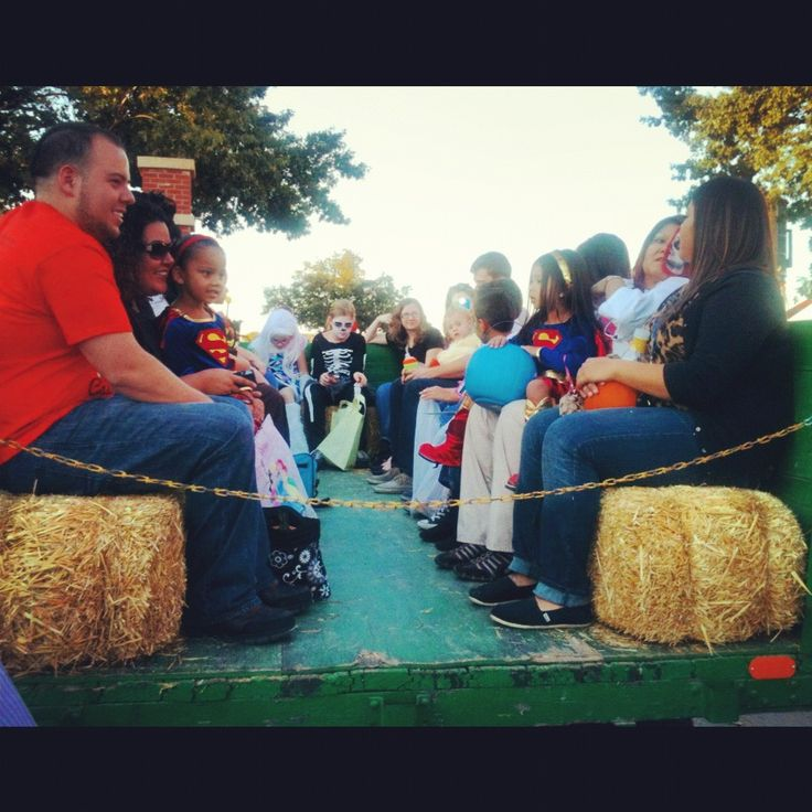 treat street fort worth stockyards halloween hayride - Halloween In Fort Worth